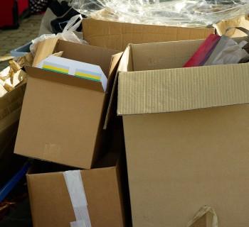 cartons-970950_1280